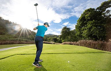 Practice your swing on world class golf courses with some of the most exhilarating views